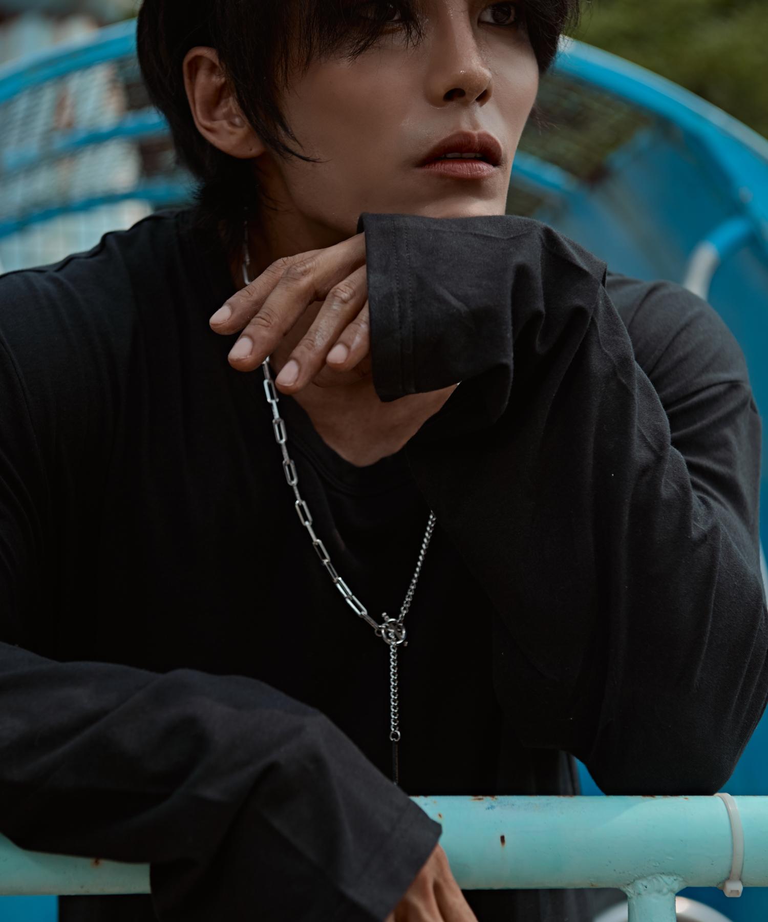 [테이크폼] U넥 루즈핏 긴팔티 블랙